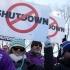 Administrația SUA blocată în continuare. Sute de angajaţi au protestat la Washington