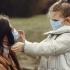 Regulile stricte și măștile de protecție, adevărate provocări pentru copii