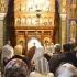 Credința nu vă apără de hoți! Bătrână jefuită în biserică!