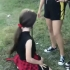 ŞOCANT! Fată de 13 ani, bătută violent de alte minore