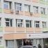 În timp ce țara defilează, spitalele sunt în colaps și românii mor..