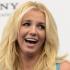 Incident vestimentar: lui Britney Spears i s-a desfăcut sutienul în plin concert