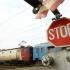 Accident grav! Mașină spulberată de tren, mai multe persoane au decedat!