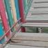 ALERTĂ! Un copil de 4 ani a căzut printre scândurile structurii unui tobogan