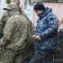 Marinarii ucraineni capturaţi de Rusia, judecaţi pentru încălcarea legii