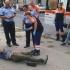 Un constănțean și-a tăiat venele în fața trecătorilor!