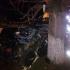 Accident grav la Deleni! Un autoturism a intrat sub o cisternă!