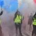 """Zeci de mii de """"veste galbene"""" au protestat din nou. Sute de persoane reţinute"""